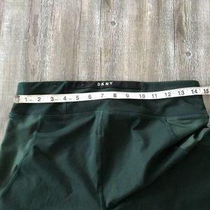 Dkny Pants - Green DKNY yoga pants